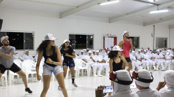 Programa de Movimiento Frio: Carnaval