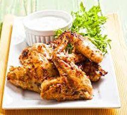 alitas de pollo frías con mostaza y miel