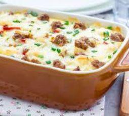 Caçarola de Linguiça Churrasco Friato com Queijo e Batatas