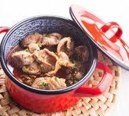 moela de frango friato com molho de tomate